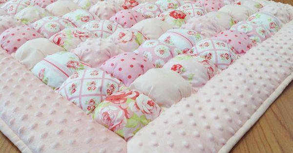 Bubble quilt bubble blanket puff quilt baby floor mat for Floor quilt for babies