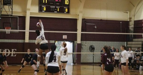 2 Volleyball Hosts 3 Arlington In The Class Aa Semifinal Today At Ohs 4 30pm Let S Go With Images Volleyball Athlete Basketball Court