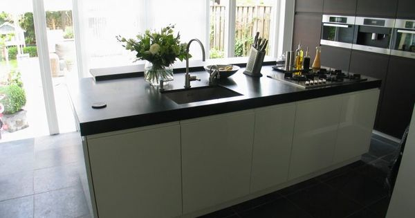Kookeiland met tuindeuren new kitchen pinterest for De appelboom interieur