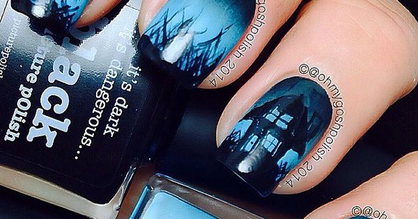 This Halloween nailart tutorial features a spooky haunted house scene that glows in the dark. Definitely perfect for Halloween! [VIDEO Tutorial]