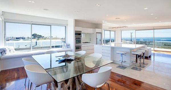 Clean Clear Lines And A Fabulous View Designer Living