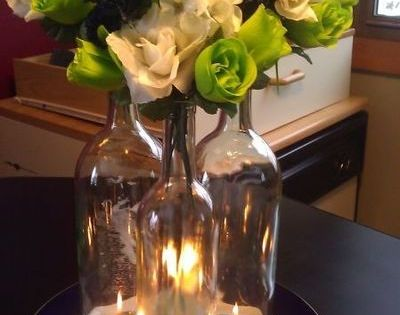 Wine bottle centerpieces for wedding clear glass wine for Clear wine bottle centerpieces