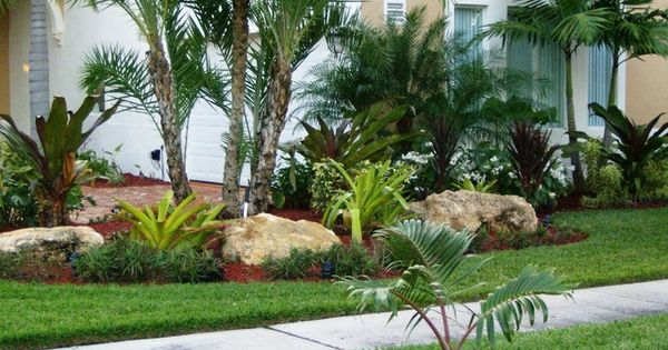 Do It Yourself Home Design: Tropical Front Yard Landscaping Ideas With Palm Trees
