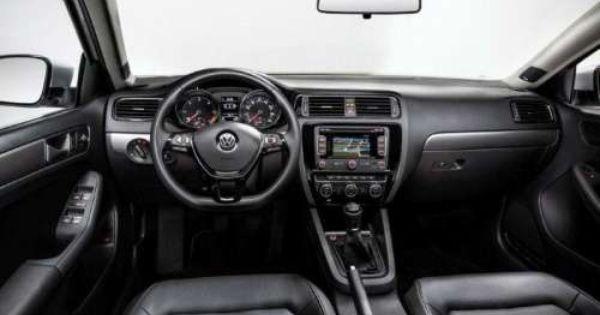 Volkswagen Predstavil Obnovlennyj Sedan Jetta Obnovlennyj Sedan Volkswagen Jetta Byl Oficialno Predstavlen Na Amerikansk Volkswagen Jetta Vw Jetta Volkswagen