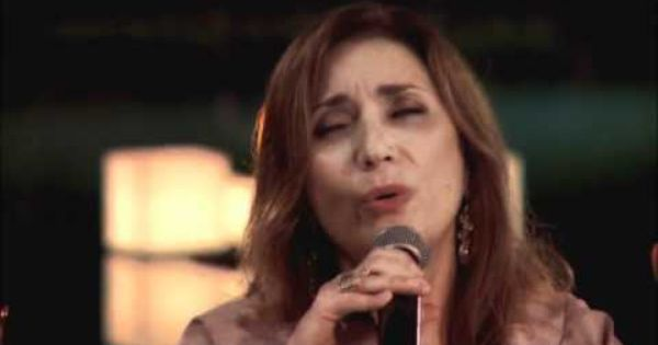 Ana Carolina E Zizi Possi Ruas De Outono Outono Musica Rua