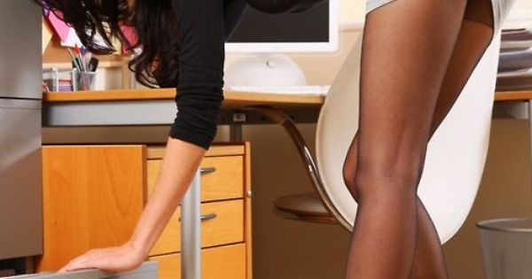 Secretary long legs in tan pantyhose sex