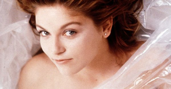 Laura Palmer (Sheryl Lee). Not so dead, still wrapped in plastic. (from