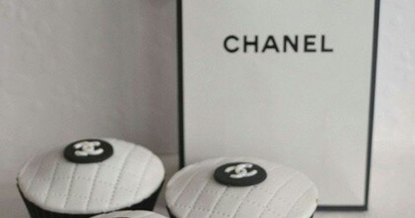 Chanel cupcakes - need these for dessert