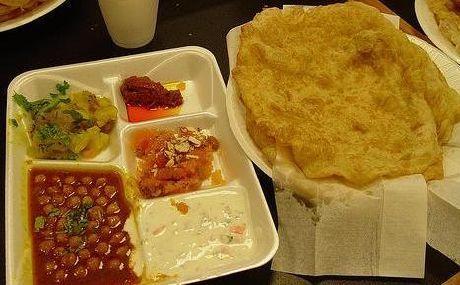 Halwa Puri Meal At Pakirecipes Pakistani Desserts Food Cravings Breakfast