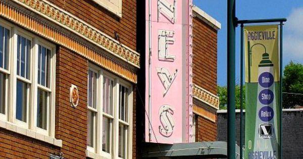 Kansas manhattan movie theater