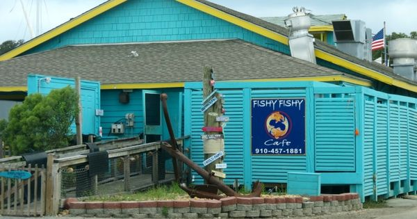 Fishy fishy cafe a local favorite in southport nc great for Local fish restaurants