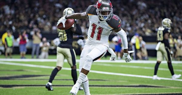 Desean Jackson Tampa Bay Buccaneers Wide Receiver Suffers Concussion September 10 2018 At 04 30am Https If Desean Jackson Fantasy Football Sporting Live