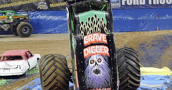 The Gravedigger.....Bad to the Bone | Monster Trucks ...