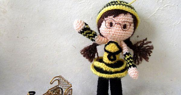 Amigurumi Bee Girl : Free Bee Girl Amigurumi Pattern Girls, Bees and Patterns