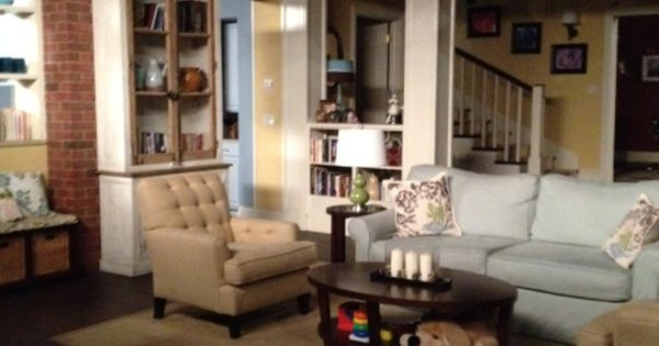 Awesome Last Man Standing   Living Room Set | Living Room | Pinterest |  Wohnzimmereinrichtung, Gelb Und White Trim Part 19