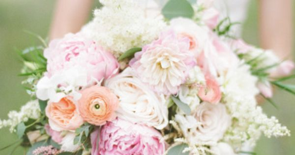 Soft, ethereal, and always lovely, therea??s a reason so many brides choose to surround themselves and their loved ones in a pastel palette on the Big Day. Blush,