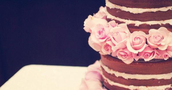 a pretty pink rose cake