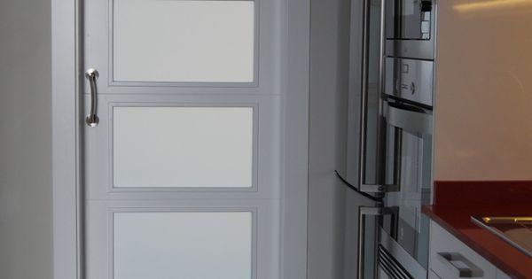 Puerta corredera lacada blanca con cristales al cido carpinter a pinterest puertas - Cristales al acido para puertas ...