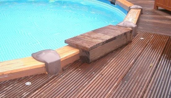 intex pool with deck das aquapool schwimmbad forum thema anzeigen intex wood grain intex. Black Bedroom Furniture Sets. Home Design Ideas
