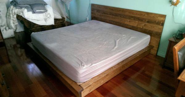 base et tete de lit rustique en bois massif sur commande. Black Bedroom Furniture Sets. Home Design Ideas