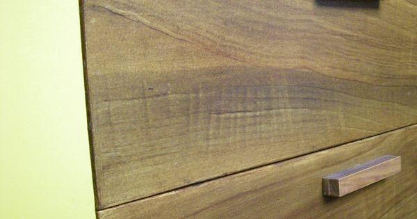 Peinture faux bois sur meuble en carton for Faux fini antique meuble