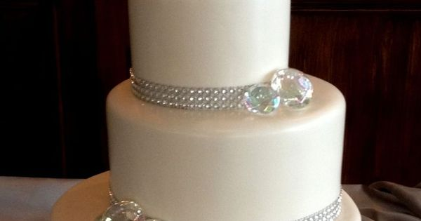 60th wedding anniversary cake with a little bling