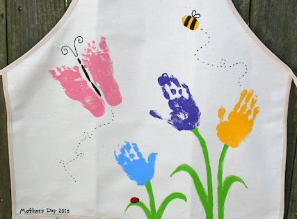 51 Mothers Day Craft Ideas for Kids- hand print apron
