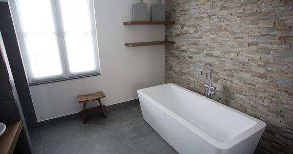 Overzicht vrijstaand bad badkamer pinterest vrijstaand bad bad en badkamer - Tub onder dak ...
