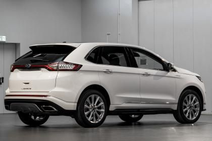 Ford Launches Top Spec Ford Edge Vignale Suv Ford Edge Ford Suv