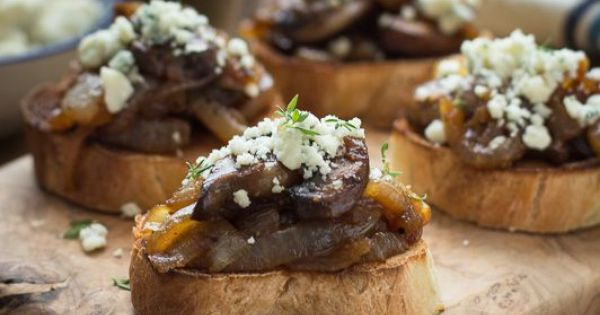 Caramelized Onion & Mushroom Crostini | Recipe | Blue ...