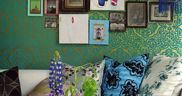 love the photo collage and wallpaper! A how-to collage blog