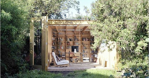 perfect small space idea inspiration for the backyard.