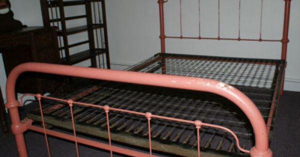 Antique Early 1900 S Austere Iron Bed W Original Tapered Pin Rails