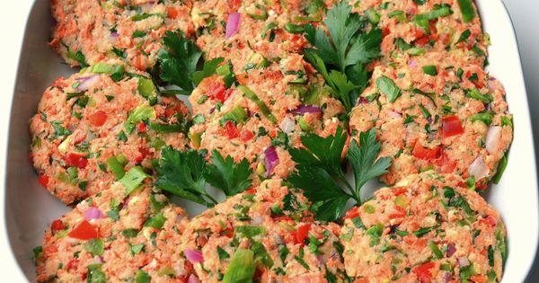 Salmon cakes, Salmon and Cakes on Pinterest