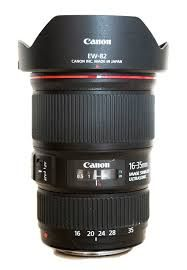 The Canon 16 35 Is The Best Wedding Photography Lens For Group Shots Take A Look At This Wedding Photography Lenses Photography Lenses Fun Wedding Photography