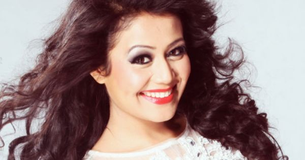 Bollysuperstar Celebrity Height Weight Age Neha Kakkar Beauty Celebrities
