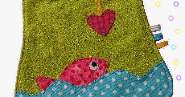 du fil et mon bavoir poisson couture pinterest b b. Black Bedroom Furniture Sets. Home Design Ideas