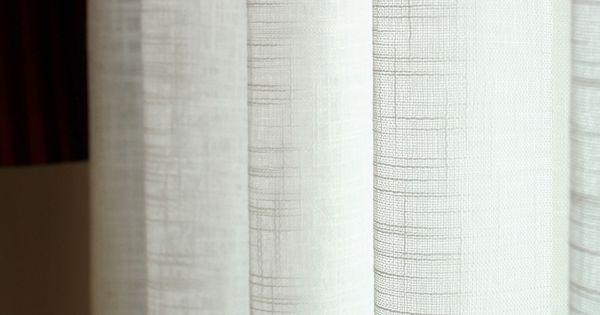 Witte linnen gordijnen met structuur project slaapkamer g c pinterest met - Witte hoofdeinde ...