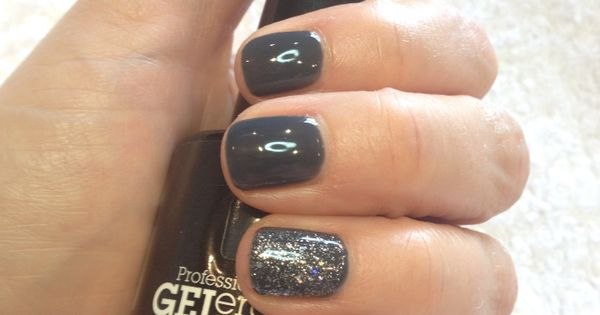 Grey Gel Nails With Glitter Jessica Geleration Gel In Ny State Of Mind With Wedding Band