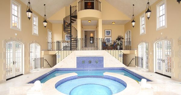 house with indoor balcony pool Googlesgning House arkitektur