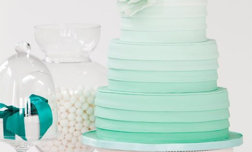gorgeous ombre cake
