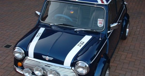 old school british classic mini cooper with union jack. Black Bedroom Furniture Sets. Home Design Ideas