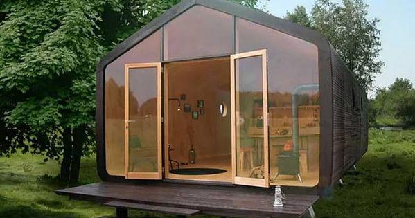 Petite maison en carton elle prend une journ e for Petite maison construction