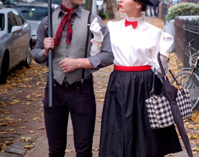 Halloween Ideas: Couples Costumes and Group Costumes