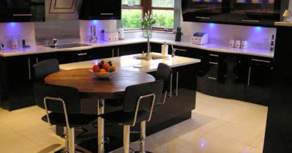Black kitchen design cocinas y algo mas pinterest for Cocinas cocinas y algo mas