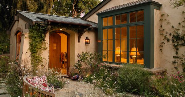Cottage nice blend between the cottage style i like and for Mediterranean cottage style