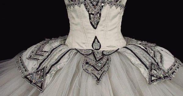 Opera National De Par Ballet Shoes Black