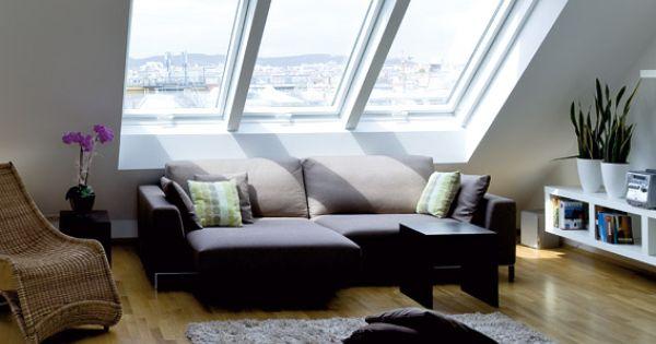 wohnzimmer ber den d chern der stadt modern und gem tlich eingerichtet wohnzimmer. Black Bedroom Furniture Sets. Home Design Ideas