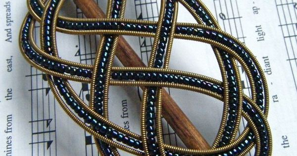 Sailor's Ladder-Step Knot Barrette: this gorgeous hair accessory was made from recycled