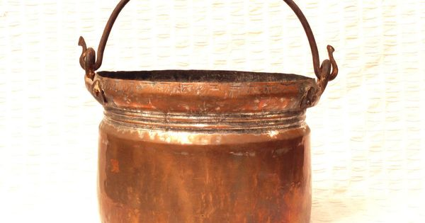 Copper pots, Antique copper and Tins on Pinterest